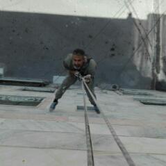 پیچ و رولپلاک سنگ نما با طناب
